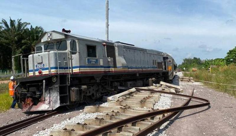 Gerabak dan lokomotif tergelincir di Segamat, semua penumpang selamat